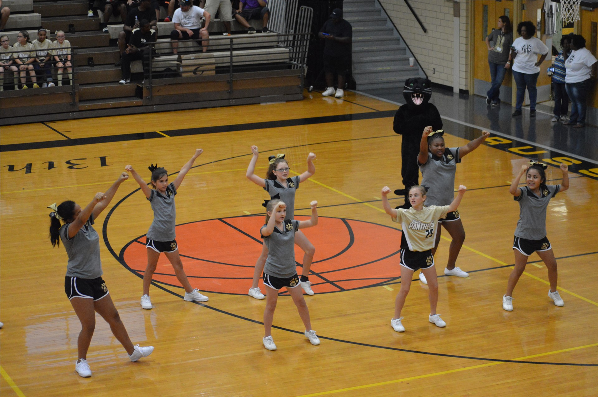 RMS Cheerleaders